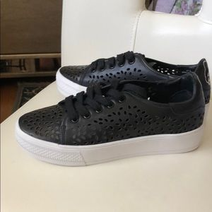 Alice +Olivia leather sneakers, size 37.5, new